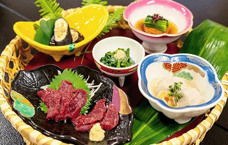 季節の郷土料理 Seasonal local cuisine